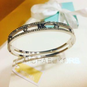 Women's bracelet silver